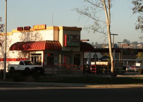 Los Rancheros Taco Shop